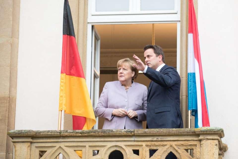 (de g. à dr.) Angela Merkel, chancelière fédérale d'Allemagne ;  Xavier Bettel, Premier ministre, ministre d'Etat